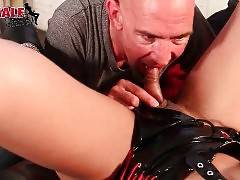 Hungry Dude Tastes She-Male`s Dong 2