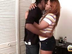 Ebony ts cutie arranges a meeting with guy on-line and soon he comes.