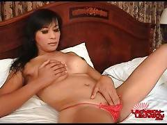 Lovely Ladyboy Tong Is Fondling Herself 3