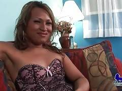 In this porn video you can see alluring angel
