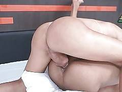 Lovely Craving She-Male Bangs Her Friend 2